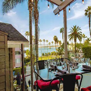 Una foto del restaurante Olive & Basil