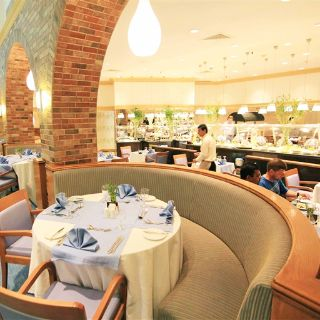 A photo of Al Tuwayah  - InterContinental Al Jubail restaurant