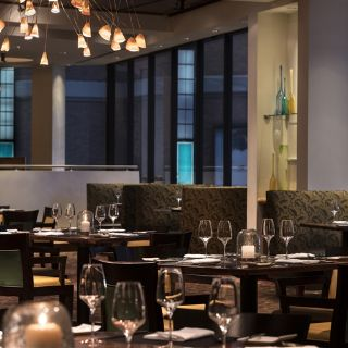 A photo of Quattro - Four Seasons Hotel - Houston restaurant