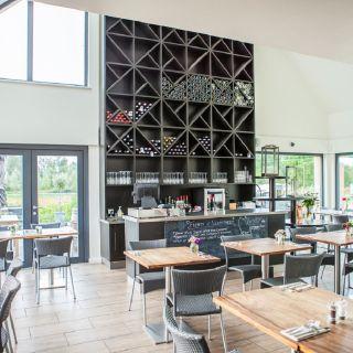 Foto von Afternoon Tea at The West Street Vineyard Restaurant