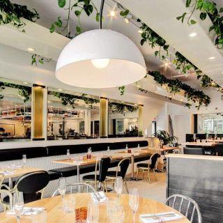 A photo of Joséphine restaurant