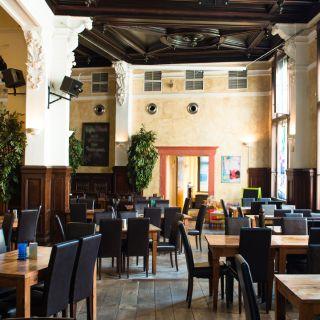 A photo of Enchilada Halle restaurant