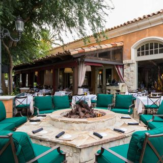 A photo of Toscanova - Calabasas restaurant