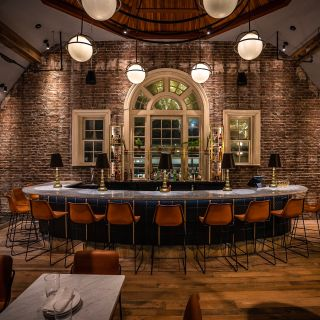 A photo of Longfellow restaurant