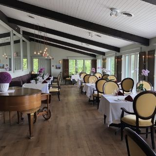 A photo of Hearthside Dining - Elmhirst's Resort restaurant