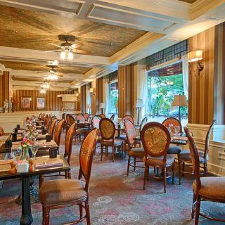 30 Restaurants Near Broadway Theatre