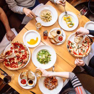 A photo of Pizzeria Libretto Ossington restaurant
