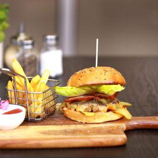 Foto von 9 Meal Cafe Restaurant