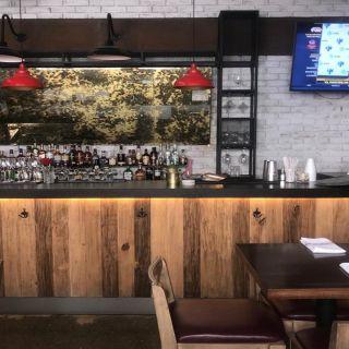 Una foto del restaurante Dixie Smoke and Grill