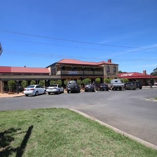 A photo of Hogans Hotel Bistro restaurant