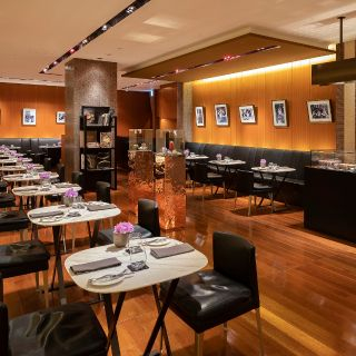 A photo of Bulgari Il Cafe Osaka restaurant
