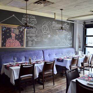 Foto von 12 Tables Restaurant