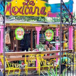 A photo of La Mexicana Taco Bar restaurant