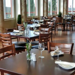 Pinnacle Restaurant - Falkner Winery