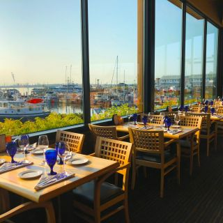 A photo of Anthony's at Cap Sante Marina restaurant
