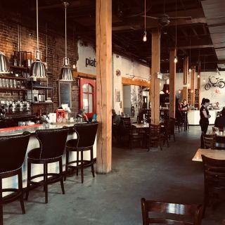 Foto von Piatto Pizzeria + Enoteca-Charlottetown Restaurant