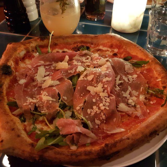 Gina's Pizza Bar, Karlsruhe, BW