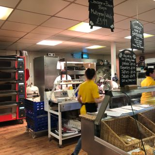 Pizza Nights @ The Apiary Harleston
