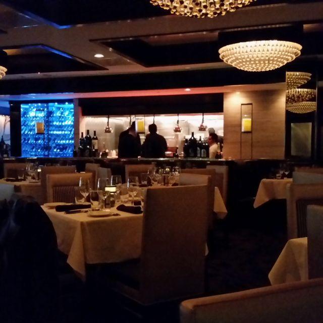 Morton's The Steakhouse - Houston - Galleria, Houston, TX