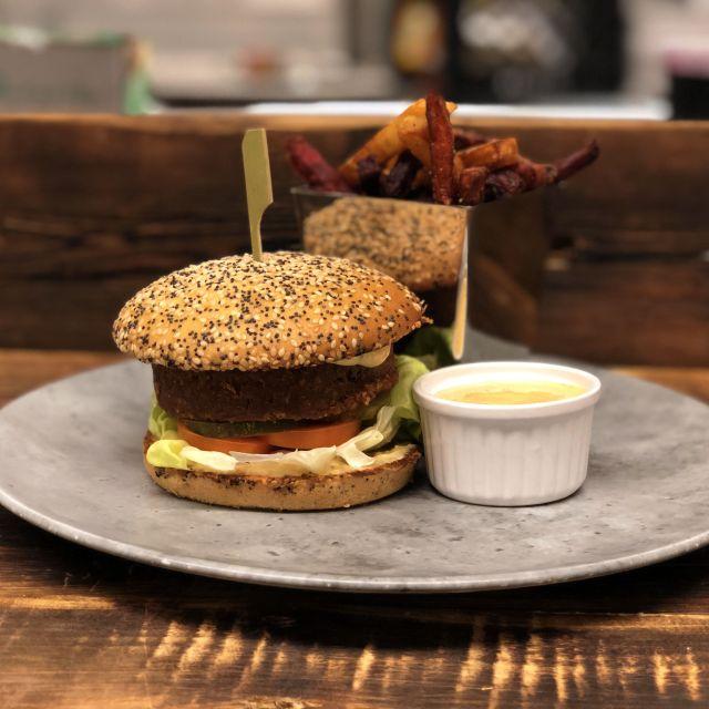 Beyond Burger (vegetarian, gluten free) - Tundra Restaurant & Bar, Toronto, ON