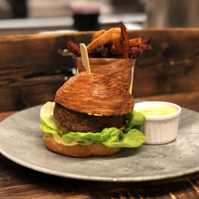 Alberta Bison Burger - Tundra Restaurant & Bar, Toronto, ON