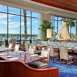 A photo of Harbor's Edge - Sheraton San Diego Hotel & Marina restaurant