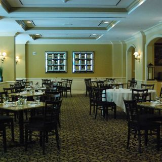 82 Restaurants Near Doubletree By Hilton Torrance South