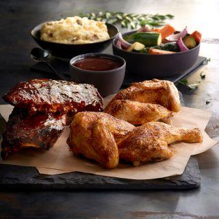 A photo of Claim Jumper - La Mesa restaurant