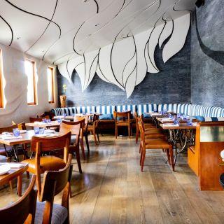 A photo of Los Balcones Studio City restaurant