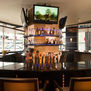 The Round Bar - Double Tree Hilton Detroit