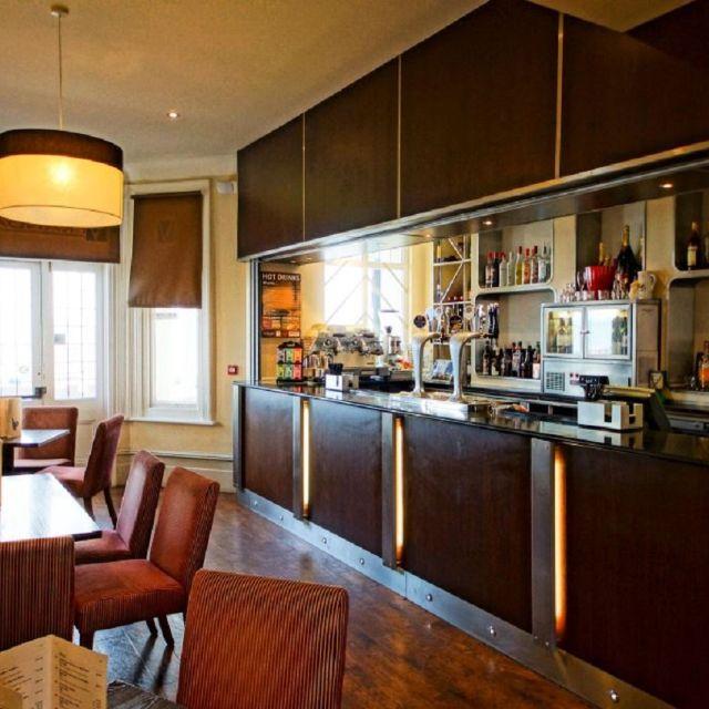 Verandah Restaurant - York House Hotel - Eastbourne, East