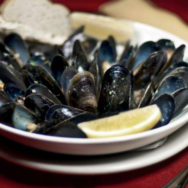 The Burren Irish Bar & Restaurant, Somerville, MA