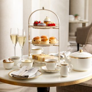 Afternoon Tea at Four Seasons Ten Trinity Square
