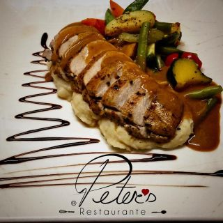 A photo of Peter's Restaurante restaurant