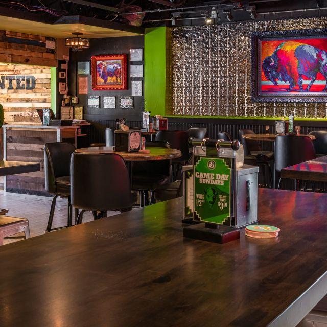 Bison Bar & Grill, Dallas, TX
