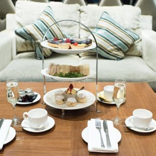 Afternoon Tea at the Holiday Inn London Kensington High Stの写真