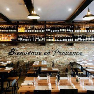 Foto von St. Tropez - SOHO Restaurant