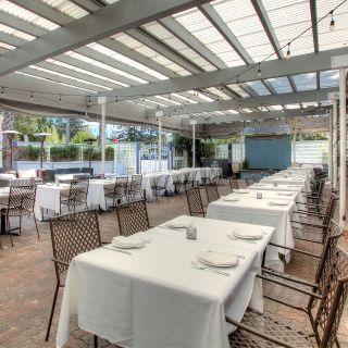 Foto von INDO Restaurant & Lounge Restaurant