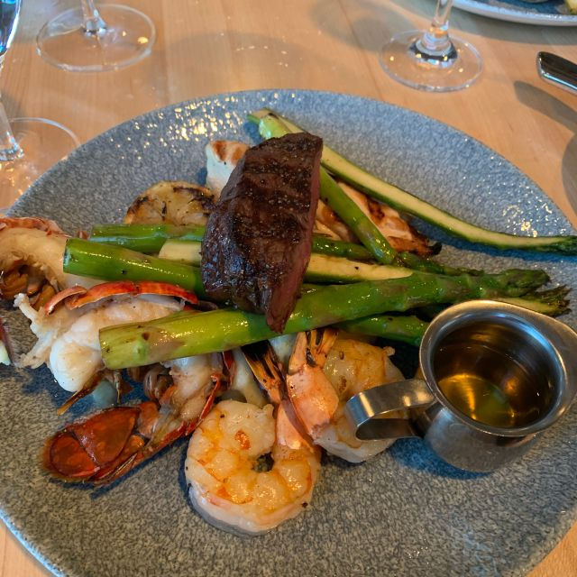 SC Damn Good Food @ River Cree Resort & Casino, Enoch, AB