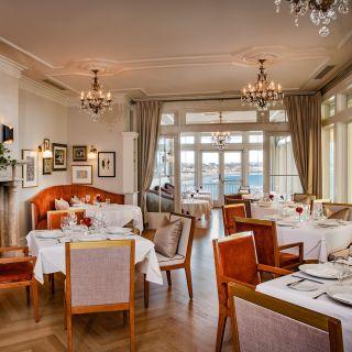 A photo of Cara restaurant
