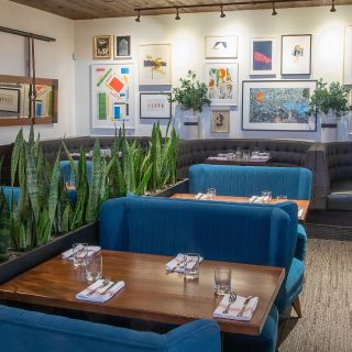 Earls Kitchen + Bar - Park Meadows