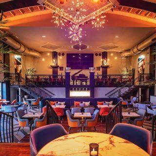Pillars Bar & Grill