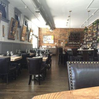 South Village Grilleの写真
