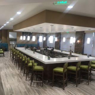 DB's Grill & Bar, Holiday Inn - Diamond Bar