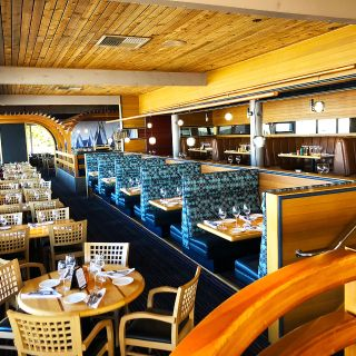 A photo of Anthony's HomePort - Des Moines restaurant