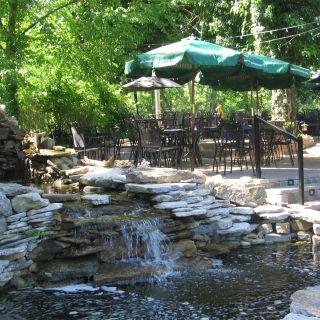 Selena's at Willow Lake Tavern