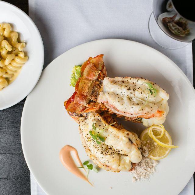 Lobster Tail And Mac - Chicken & Lobster Aruba, Noord, Aruba