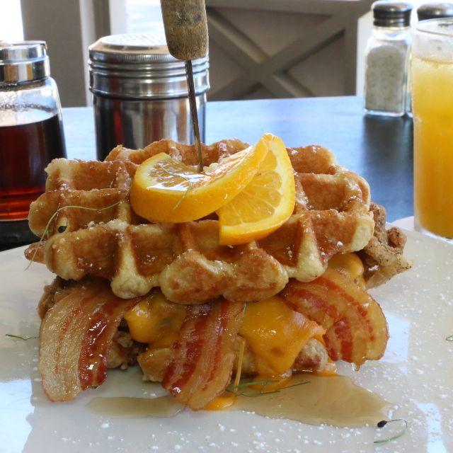 Chicken And Waffles - Chicken & Lobster Aruba, Noord, Aruba