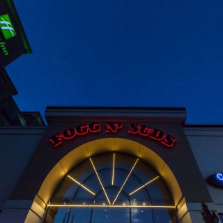 A photo of Fogg N' Suds Restaurant & Beer Bar restaurant