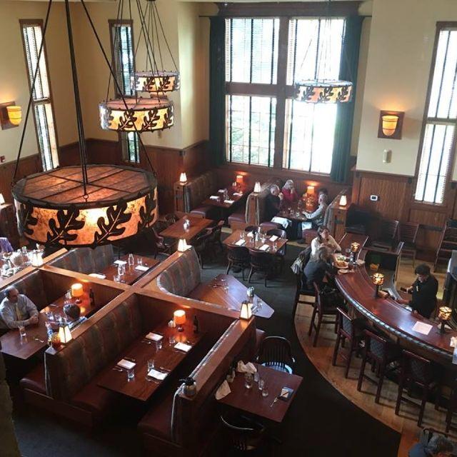 Hudson's Bar & Grill - The Heathman Lodge, Vancouver, WA